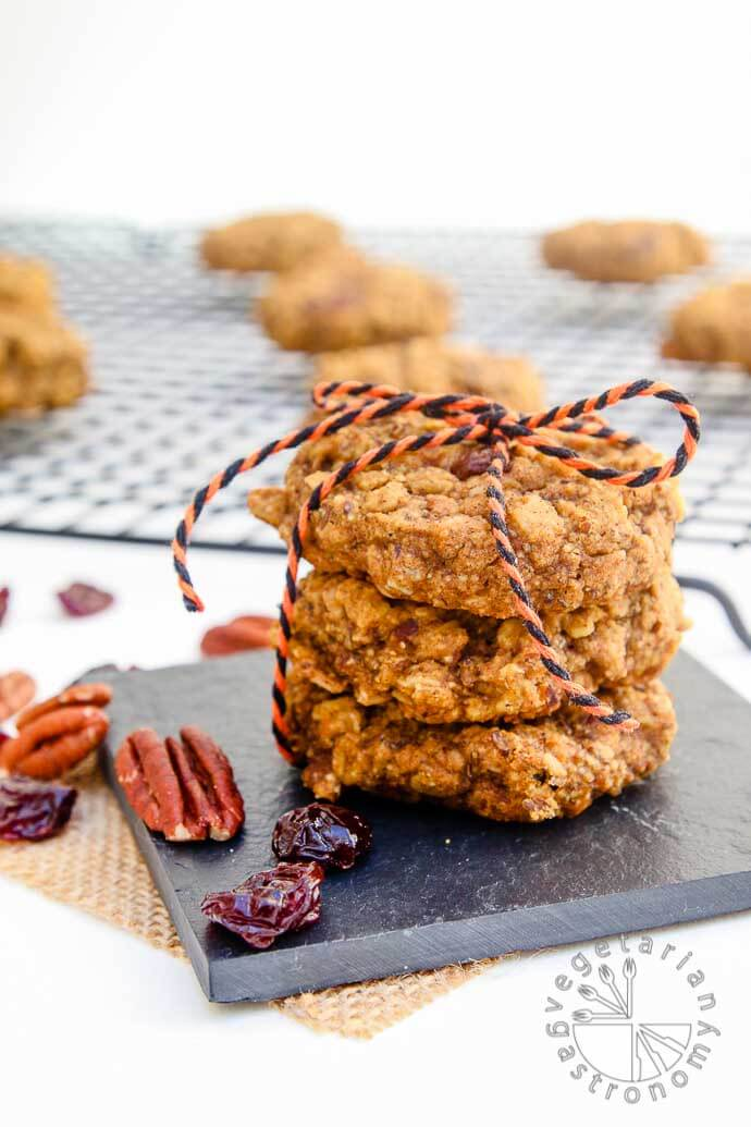pumpkin-pecan-breakfast-cookies-3