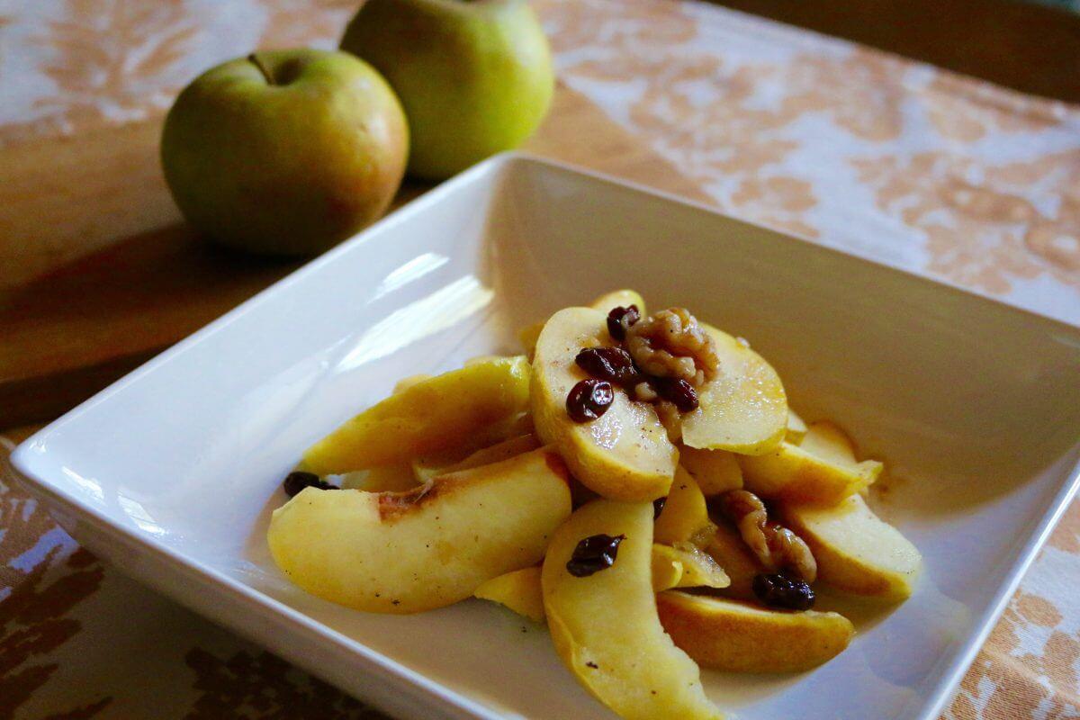 Quince Apple Compote (Vegan, Gluten-Free) - Sharon Palmer