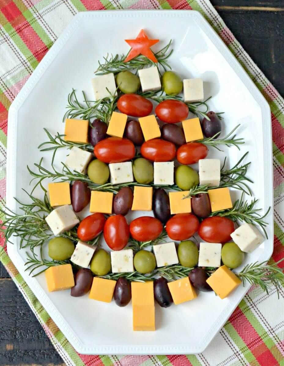 christmas-tree-cheese-platter-vegan
